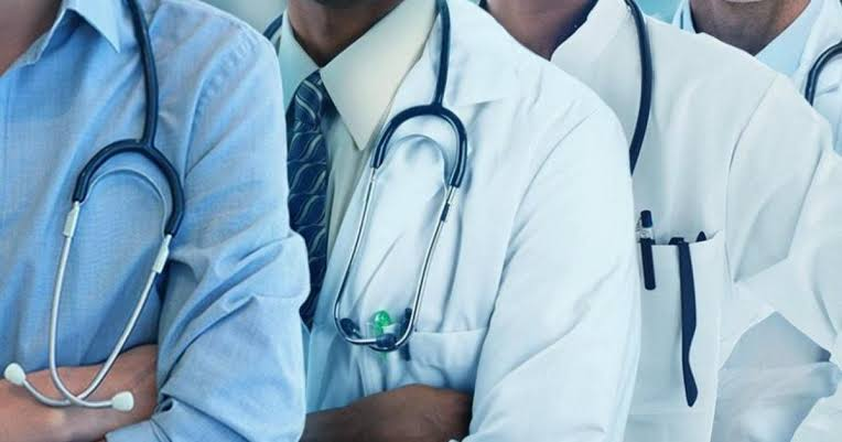 , Doctors commence strike action over payment of half salary in Ondo, Effiezy - Top Nigerian News & Entertainment Website