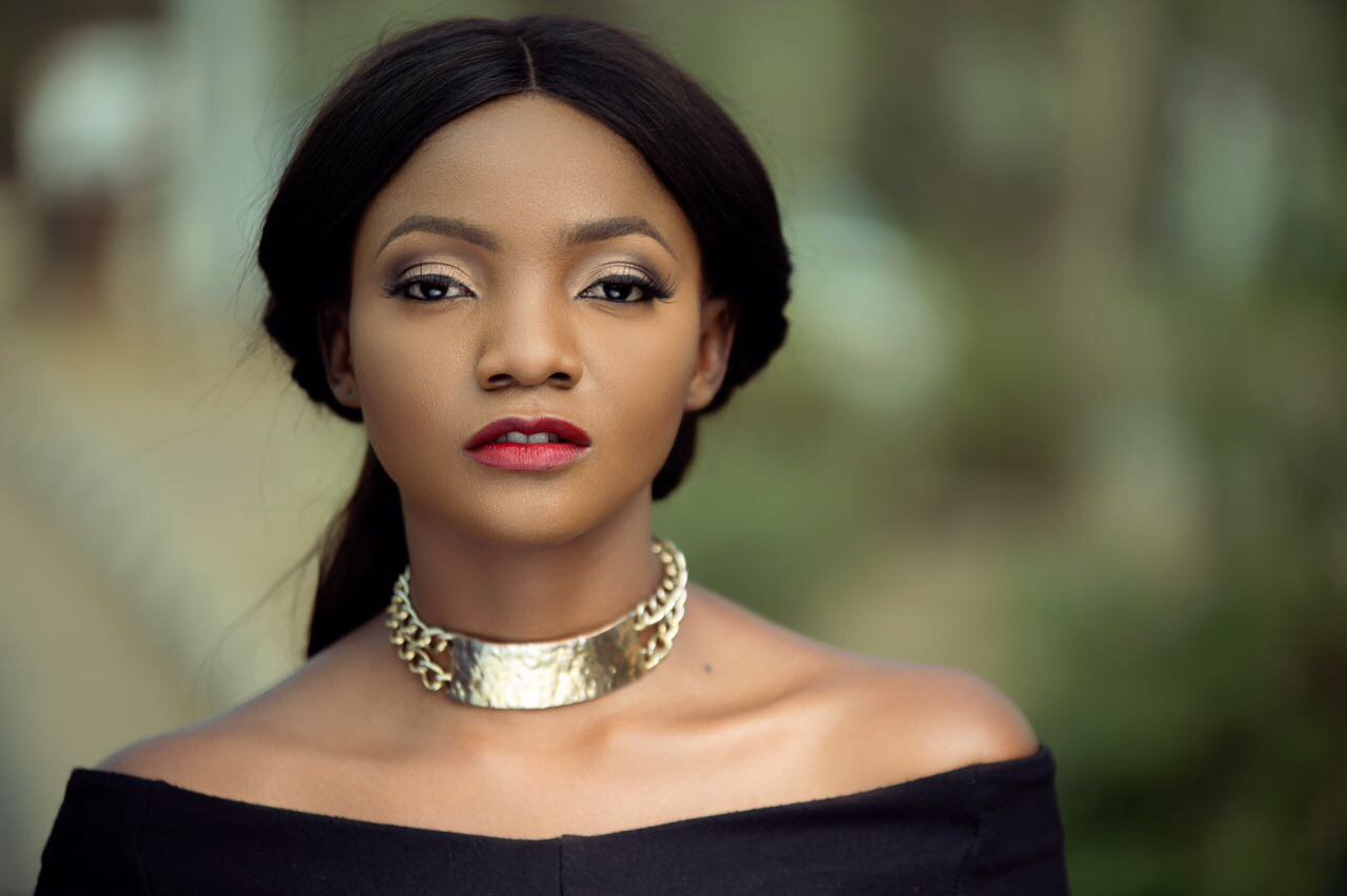 """""""Having a daughter has made me so vulnerable"""" – Simi reveals"""