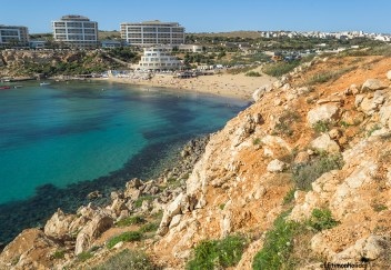 What to see in Malta: Golden Bay, one of the few sandy beaches in the country