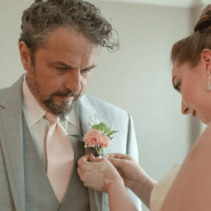 Fresh flowers for our wedding party can be very costly, and they don't last. Try these DIY wedding boutonnieres to save money.