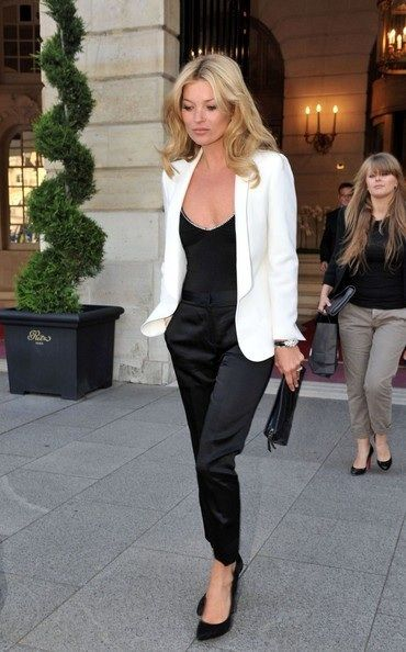 10 Ways How to Wear a White Blazer Over All Black Kate Moss