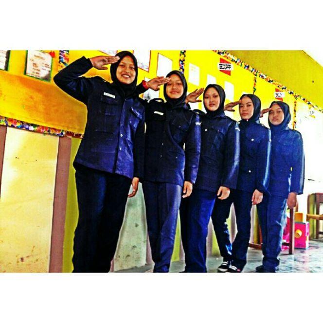 badan-beruniform-kadet-polis-malaysia-smksm