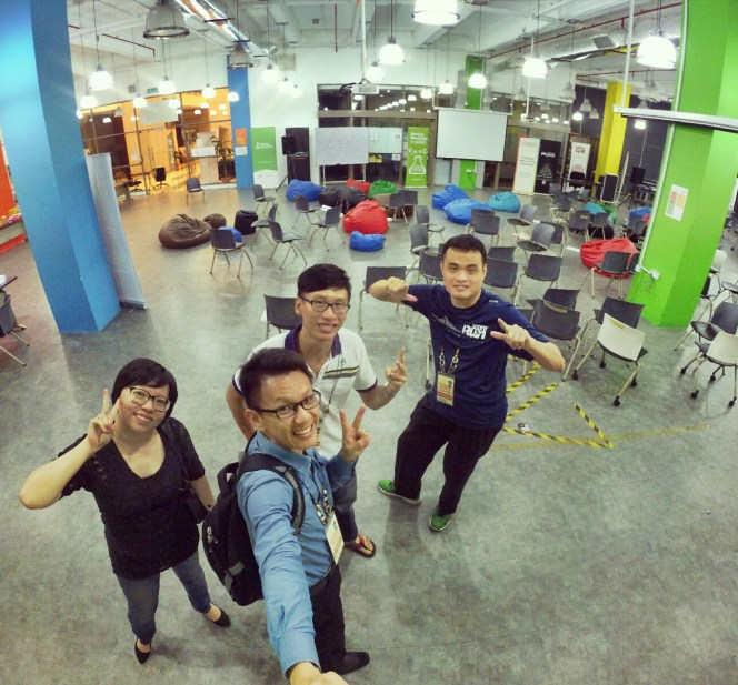 startup-weekend-at-magic-cyberjaya-malaysia-powered-by-google-for-entrepreneurs-social-enterprise-edition-raymond-ong-and-effye-ang-effye-media-online-advertising-a28