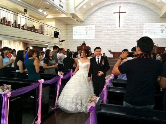 batu-pahat-church-wedding-tory-tan-and-elaine-teo-joyful-happiness-wedding-day-at-saving-grace-church-raymond-ong-effye-ang-effye-media-online-advertising-website-development-business-education-a62