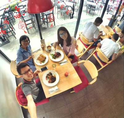 Raymond Ong Effye Ang Wai Shim Kong Chinese New Year 2018 Gathering at Senibong Cove Yews Cafe Johor Bahru Johor Malaysia 农历新年聚会 新山 柔佛 马来西亚 A02