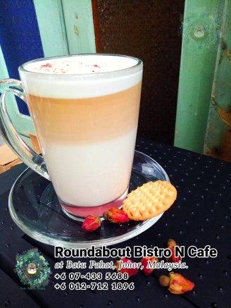 马来西亚柔佛峇株巴辖龙猫特色中西餐厅 复古式建筑咖啡厅 峇株巴辖地标交通圈小酒馆 公司聚会 庆生派对 Batu Pahat Roudabout Bistro N Cafe PB01-26