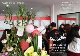 Smoocth Malaysia Vegan Ice Cream Malaysia at Batu Pahat Johor Malaysia Dessert Wholesale Ice Cream and Retail Ice Cream Plant-Based Products Taste The Different of Rice Cream B01-025