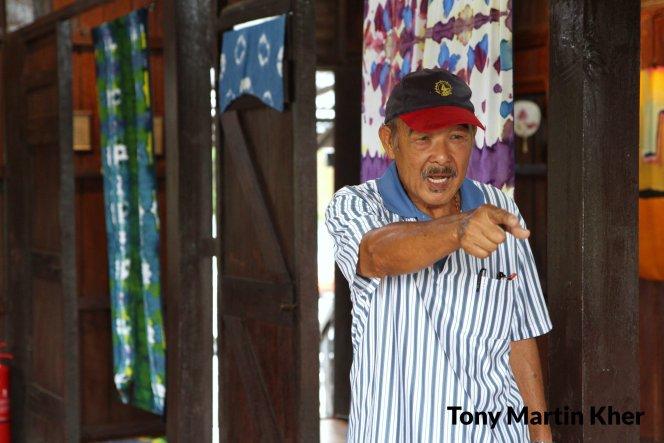 Tony Martin Kher Chu Bin 郭洙铭 历史文物爱好者 天生的导览员 峇株巴辖人 Batu Pahat People A13