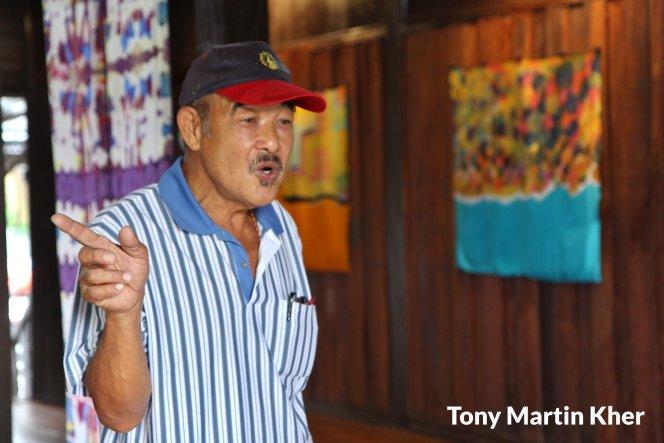 Tony Martin Kher Chu Bin 郭洙铭 历史文物爱好者 天生的导览员 峇株巴辖人 Batu Pahat People A15