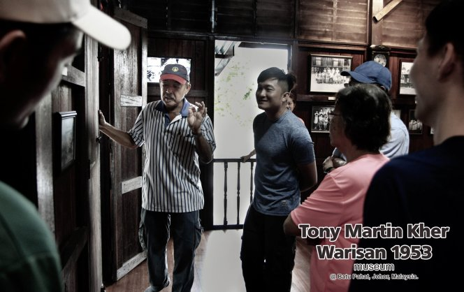 Tony Martin Kher founder of Warisan 1953 Museum at Batu Pahat Johor Malaysia Heritage 1953 Artist Joey Kher A20