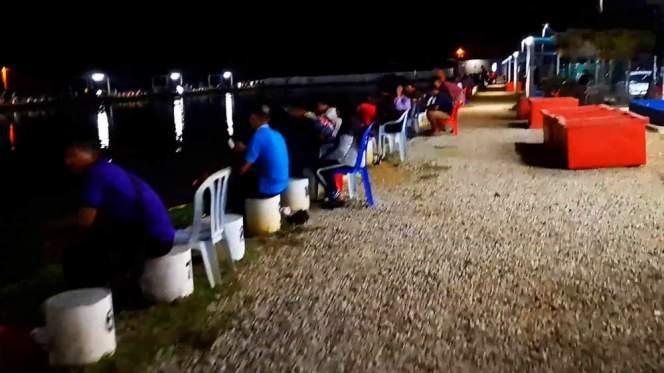 Kolam Memancing Simpang Sikon - Kolam Memancing Ikan Parit Raja Batu Pahat Johor Malaysia B20