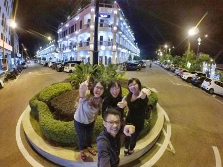 Malaysia Johor Batu Pahat Travel Raymond Ong   Effye Ang   Pinky Ning   Estella Oon - A Trip Around Batu Pahat!