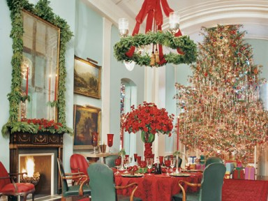 big-christmas-tree-from-veranda-mag-1
