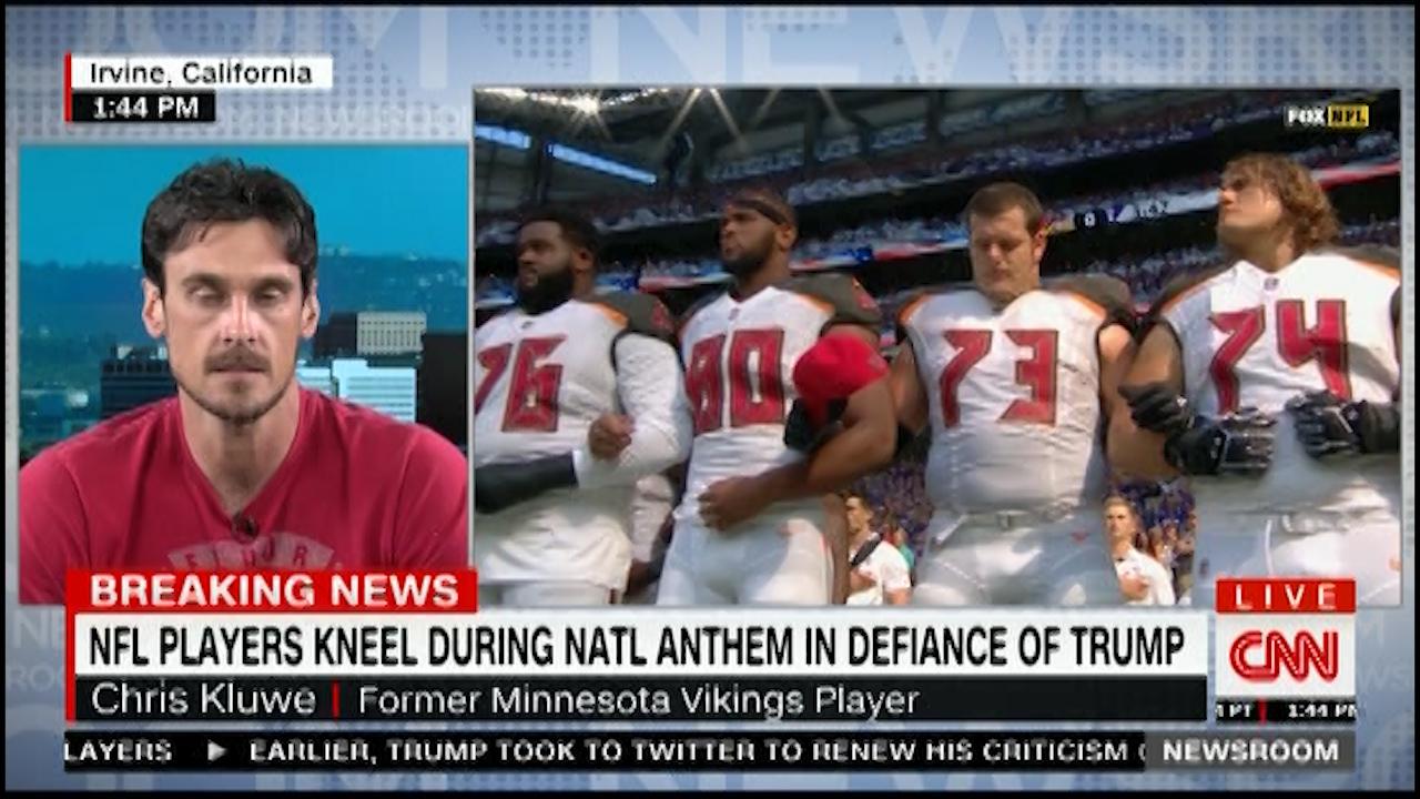 Fmr Minnesota Viking Chris Kluwe slams Trump and calls him a white supremacist (VIDEO)
