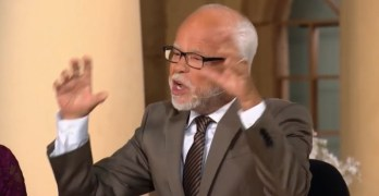 Jim Bakker inciting violence He says evangelicals will riot if Trump impeached (VIDEO)