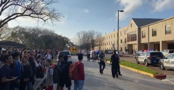 One dead at Texas' Bellaire High School shooting