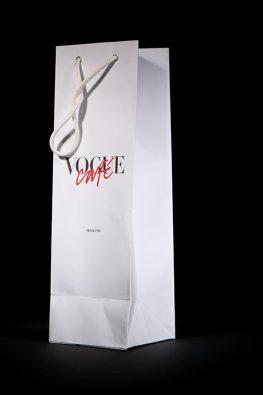 Бумажный пакет для Vogue Cafe