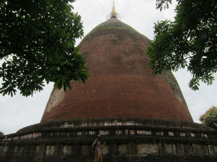 Phayagyi Pagoda, just outside the main sction of the encient city. It was a prototype for modern pagodas of Myanmar, but there wasn't much other information available, such as age or height. I'm in the photo for scale.