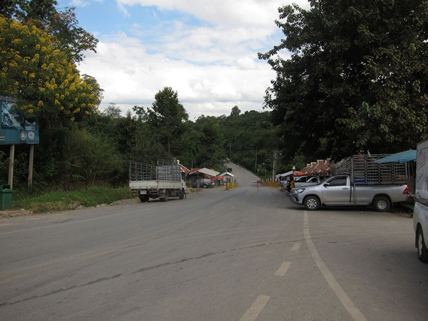 Huay Kon border crossing