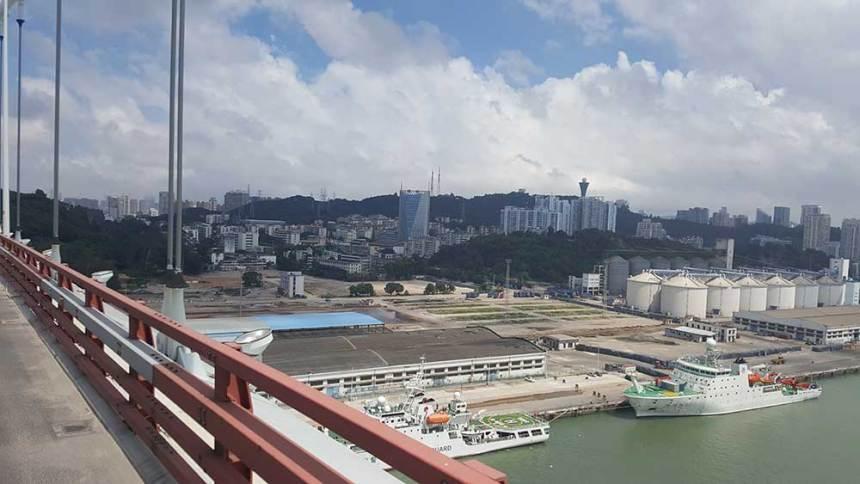 Cycling Xiamen Bridge