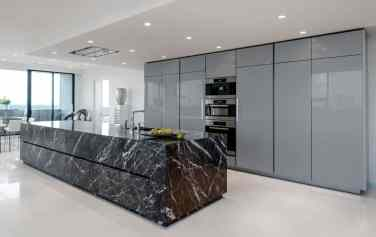 Grigio Carnico Limestone | High Gloss Grey