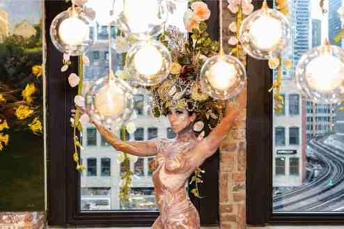 the living statue with lighting featured in the eggersmann kitchens chicago room during the rndd gallery walk 2019