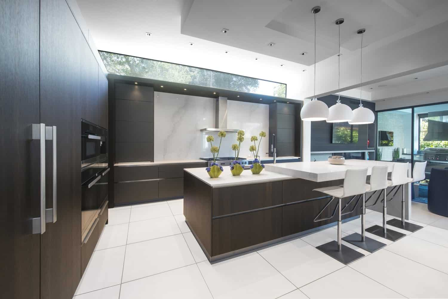 eggersmann kitchen designed for a modern tanglewood area home