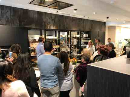 chef saul cooks for the attendees of a january 2020 estate master class in eggersmann la showroom