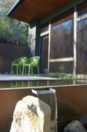 bbh-seattle-modern-house-pool-spout