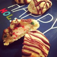 Cookie Exchange Party: Surprise Holiday Kisses