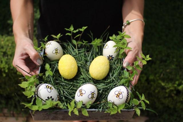 Os ovinhos podem decorar centro de mesa, área de churrasqueira, o jardim. Use a criatividade.