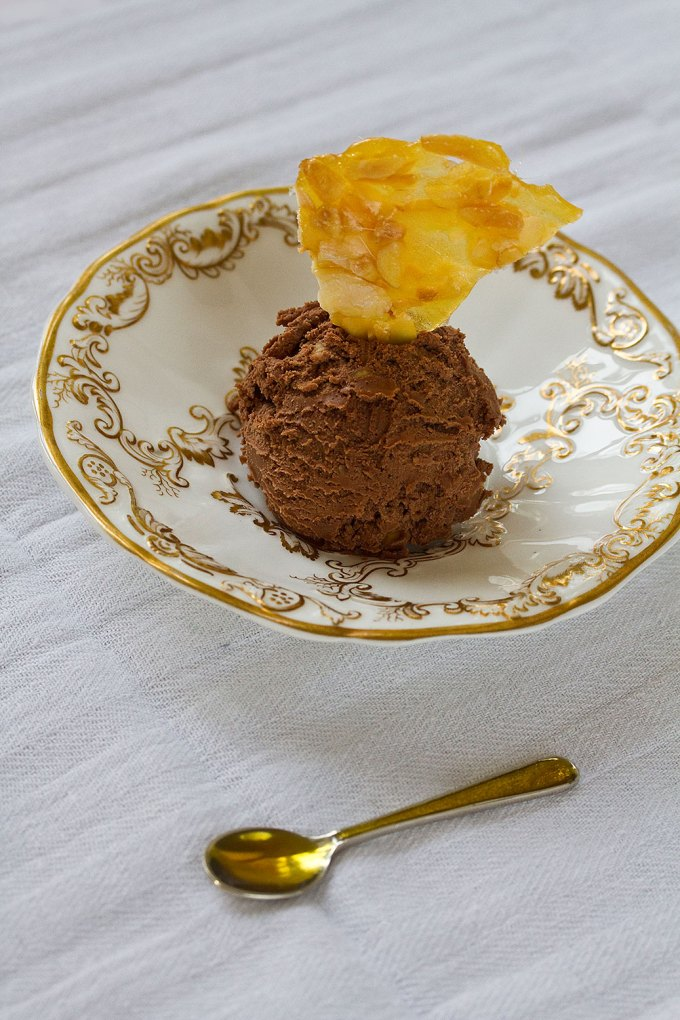 Chocolate ice-cream with almond brittle