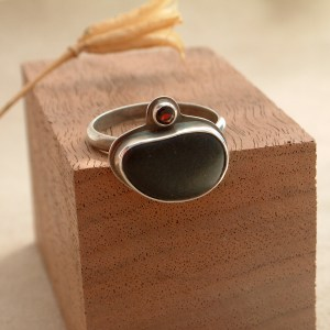 Beach Stone Ring with Garnet