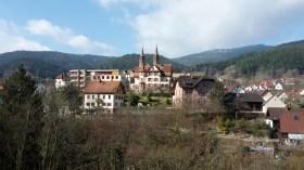 Me voici de retour à Forbach, une fois l'hiver passé, pour emprunter une dernière fois le Westweg.