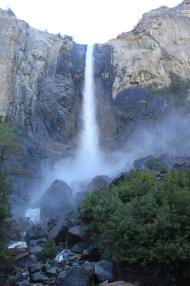 La chute d'eau de Bridalveil dans le Yosemite National Park.