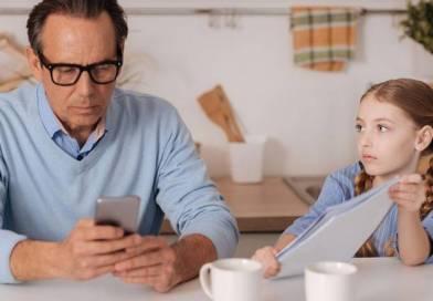 Ebeveynlerin Ekran Kullanımının Çocuklar Üzerindeki Etkileri