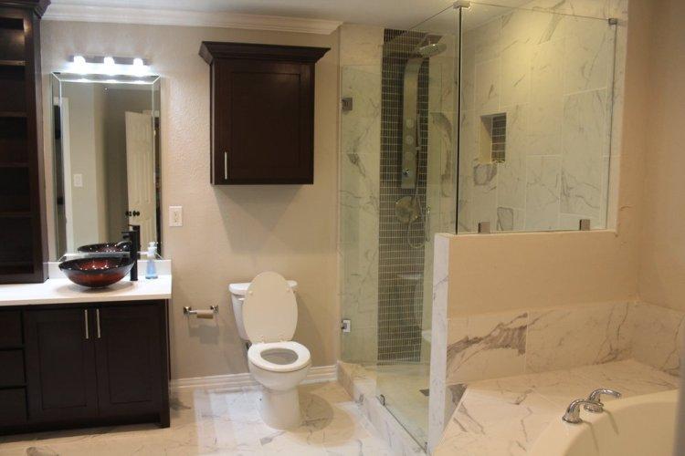 2fc9a-bathroom01