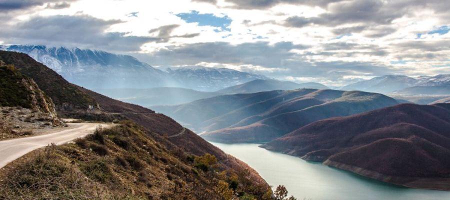 road-landscape-mountains-nature (Demo)