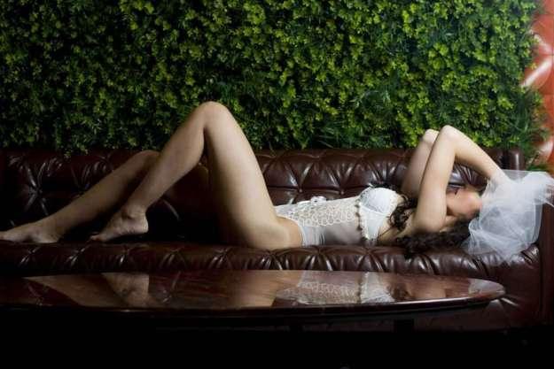 A Sensualidade sobe as Lentes da Fotógrafa Elaine Teodora