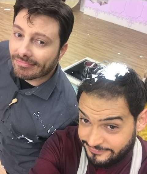 Reprodução Instagram: Danilo Gentilli e Matheus Ceará nos bastidores de Bake Off Celebridades