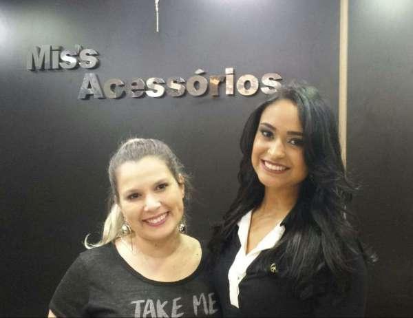 Modelo Bruna Santos e Thais Hion - Foto: Divulgação