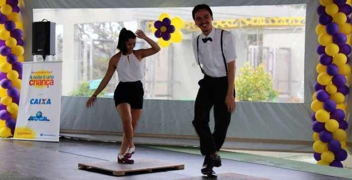 Vivian Shimizu e Fernando Flesch animaram a plateia - Foto Fernanda Volpato