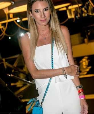 Barbara-Amin-Foto_-Larissa-Trentini-330x400 Title category