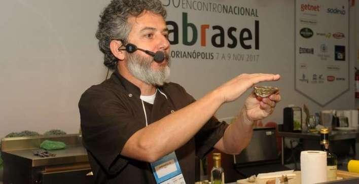 Chef-Jaime-Barcelos-Foto-Sérgio-Vignes Title category