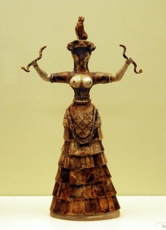 Vers 1600 avant J.-C., La déesse aux serpents, Cnossos en Crète