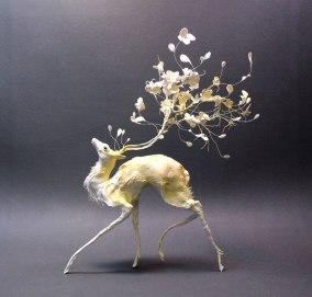 Cerf fleuri