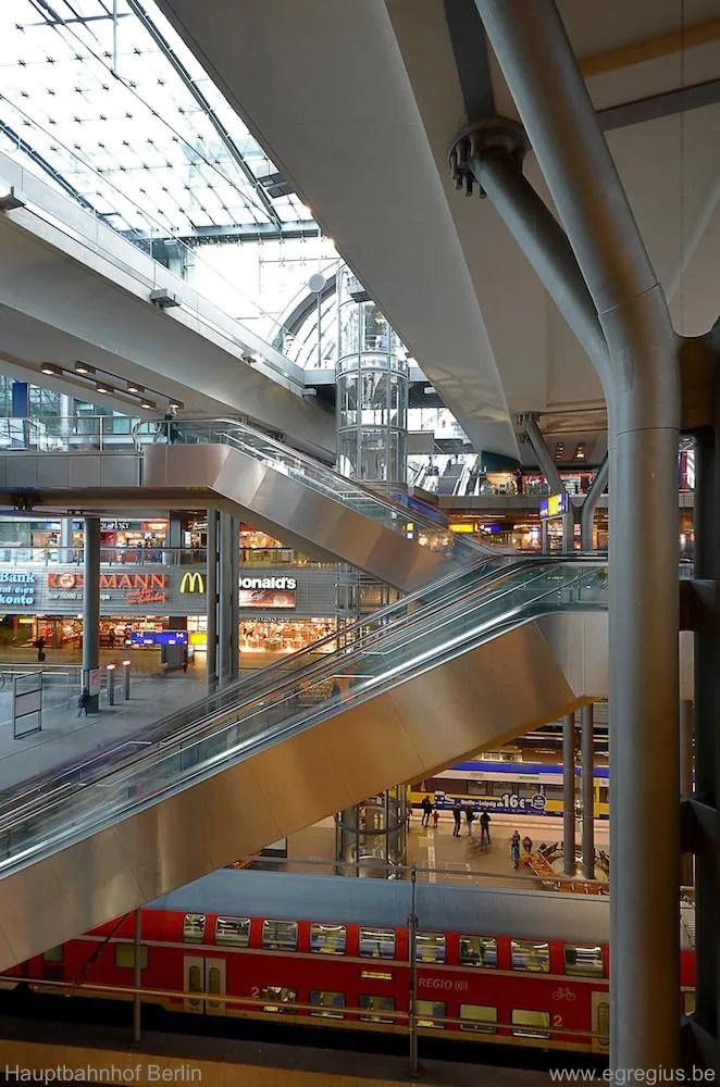 Hauptbahnhof Berlin 10