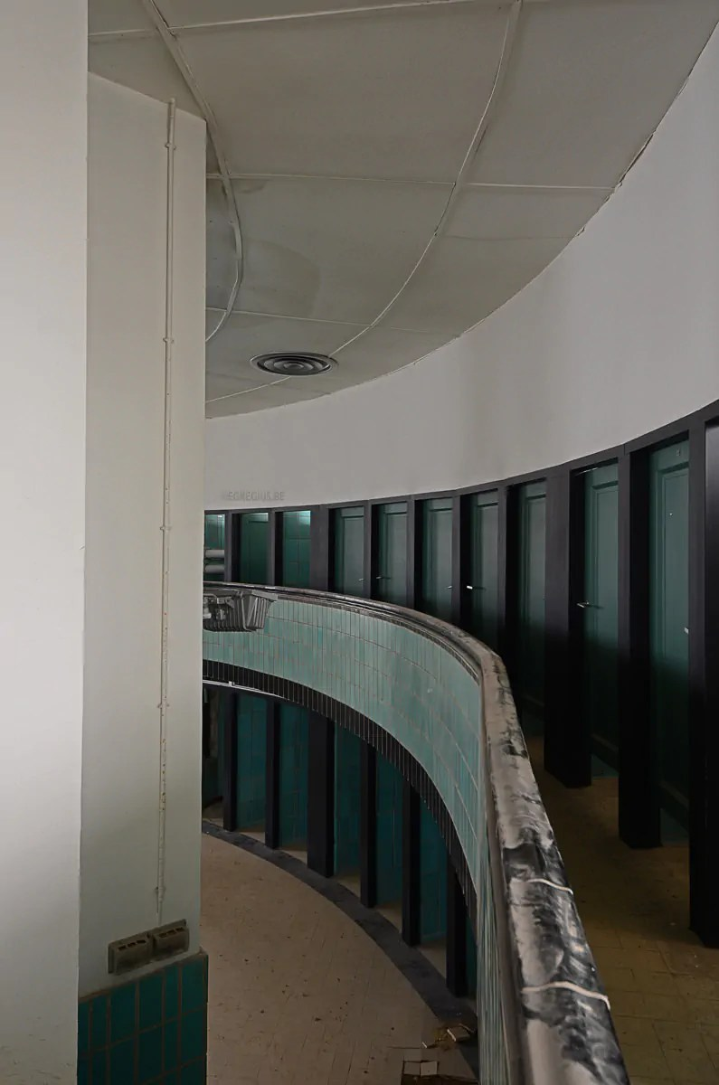 Piscine Art Deco 5