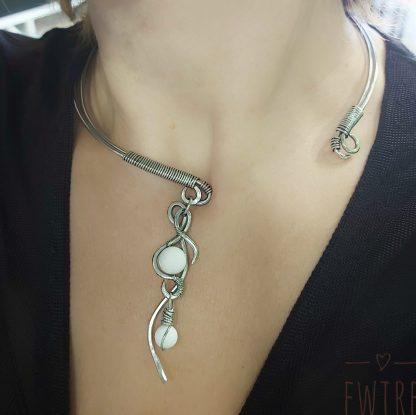 kézműves nyaklánc tejkvarc/hókvarc nemesacél nyaklánc