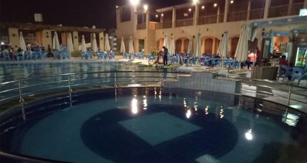 حمام السباحة الترفيهى نادى الزهور فرع التجمع الخامس